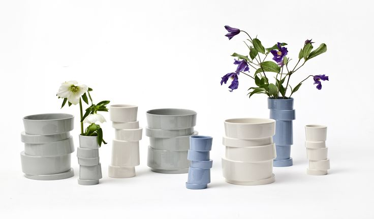 Stacked Vases in white, blue and grey. More informations at rank.dk