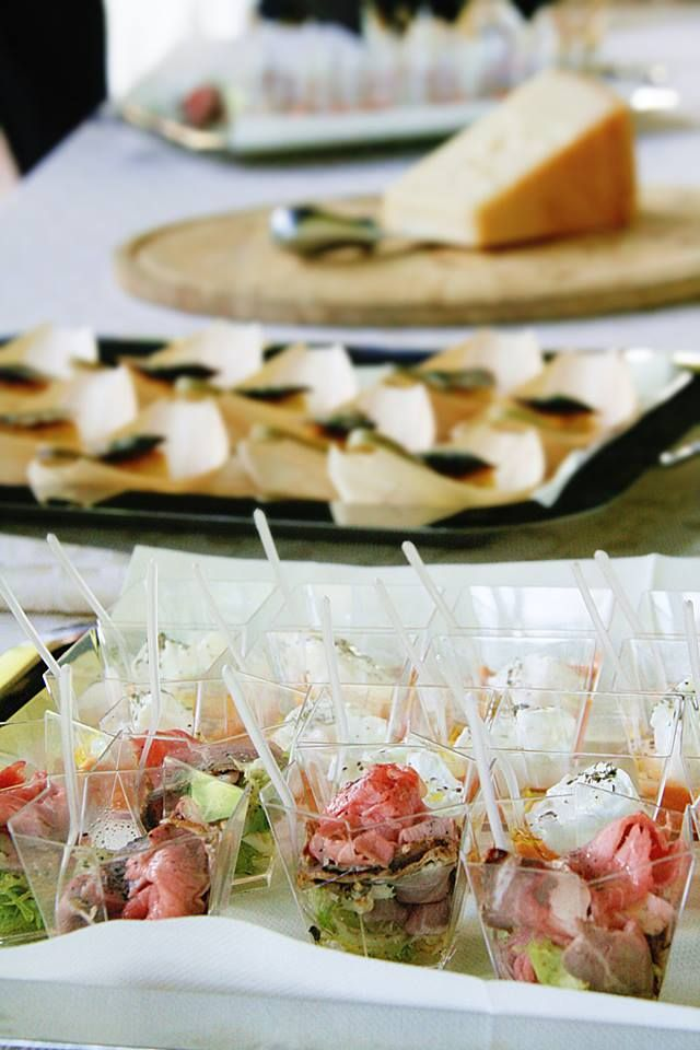 Appetizers: amouse bouche, finger food and canapés: Italian aperitivo with Berlucchi Franciacorta. #BerlucchiMood