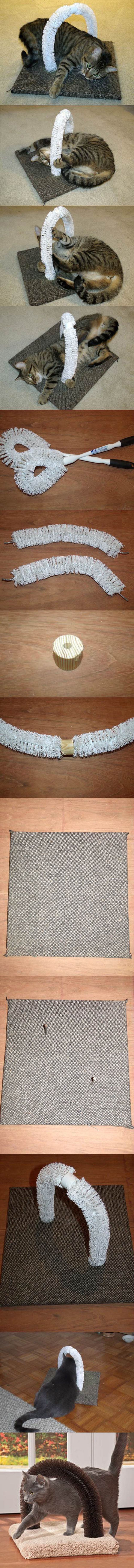 Easy DIY Cat Scratcher   Self-Petting Station for Cats by DIY Ready http://diyready.com/best-diy-pet-projects-to-keep-your-furry-friends-happy/
