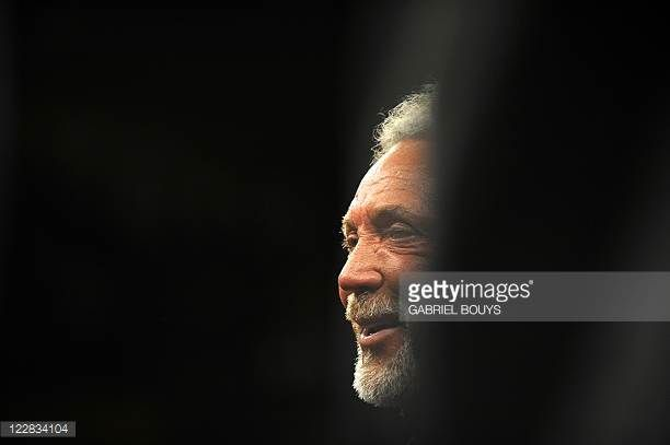Singer Tom Jones attends the Junior Welterweight title fight between Manny Pacquiao of the Philippines and Ricky Hatton of England at the MGM Grand...