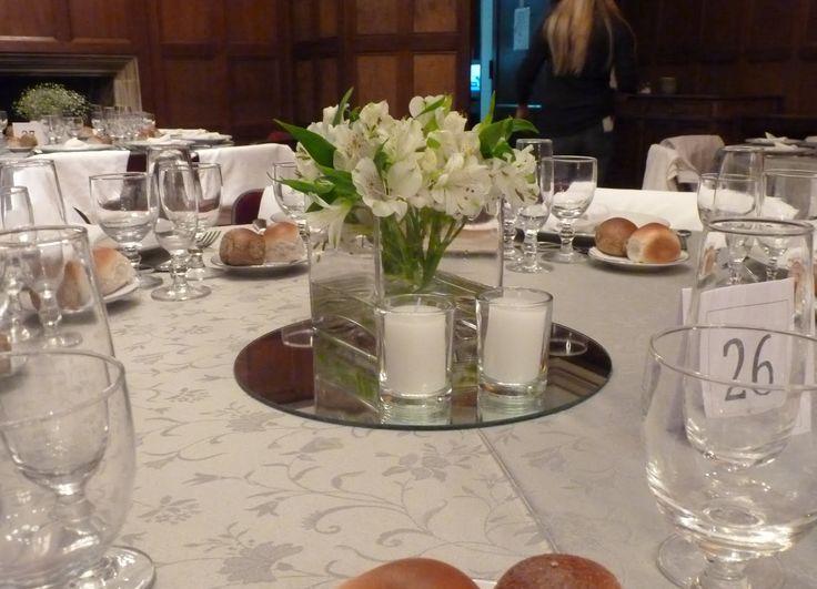 17 mejores ideas sobre centros de mesa de espejo en for Espejos para mesa