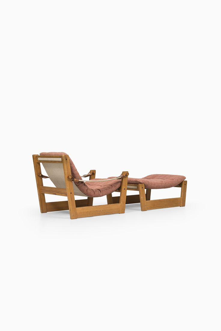 Yngve Ekström seating group in pine at Studio Schalling