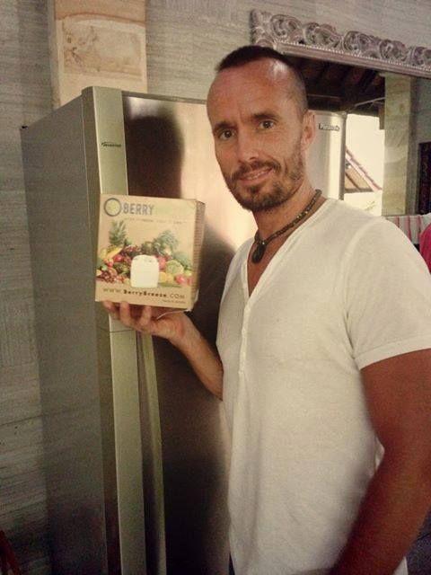 #HealthFood expert Tyler Tolman of tylertolman.com looks happy with his BerryBreeze!