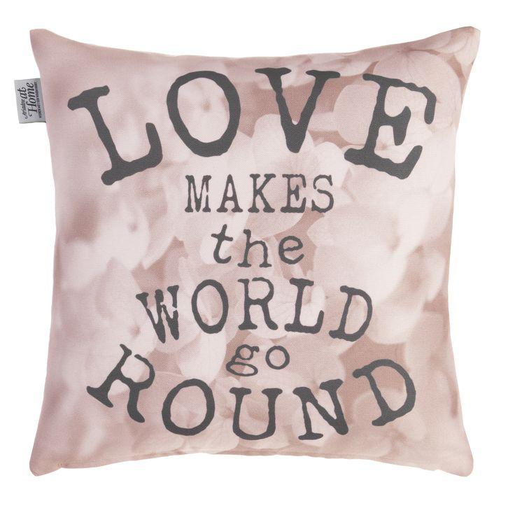 Kussen Ariadne Love World Light Pink - NIEUWE COLLECTIE | Cushion Ariadne | http://www.livengo.nl/beddengoed/sierkussens | #sierkussens #roze #love #slaapkamer #livengo