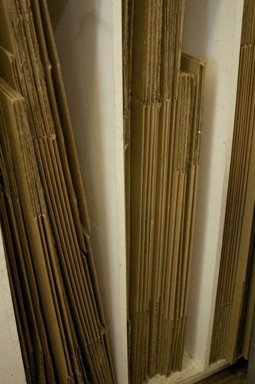 Best 25 cardboard box storage ideas on pinterest for Diy shoe storage with cardboard