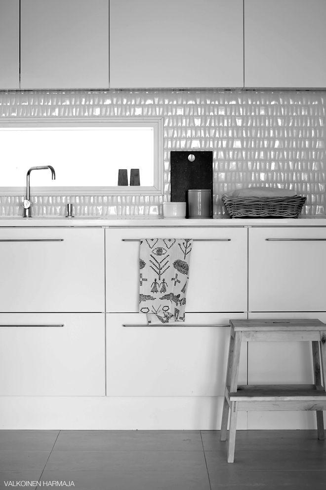 valkoinen harmaja  home in b+w  Keittiö  Pinterest