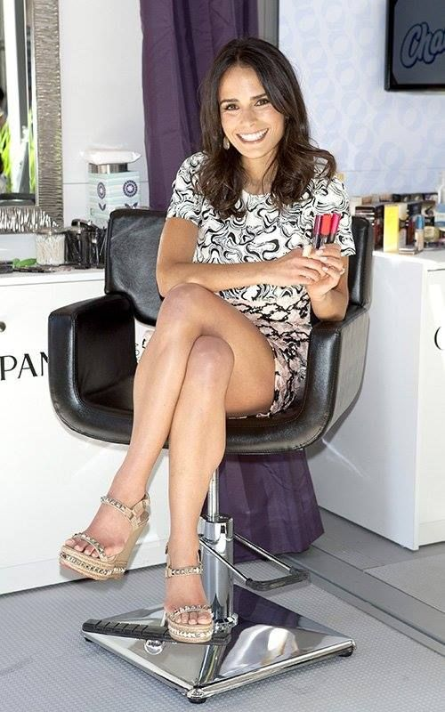 Beautiful women Jordana brewster upskirt