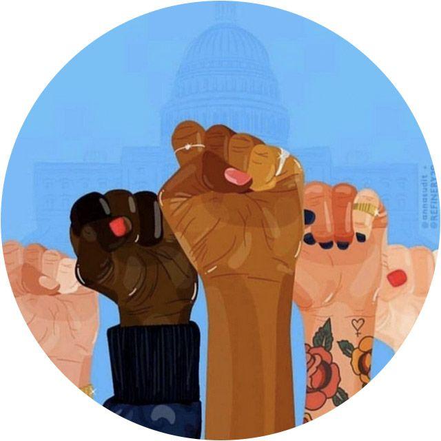 Somos muitas, somos fortes e estamos juntas. Uma por todas e todas unidas, por todos os lados, de todos os tipos, de todos os jeitos e nada, nada vai nos fazer parar de lutar. Essa foi a mensagem de quase 3 milhões de mulheres que se deram as mãos numa marcha histórica que ocupou Washington e outras cidades americanas inteiras nesse sábado, levando ao mundo uma mensagem forte e pacífica de amor e união. Como o movimento das sufragistas que lutaram pelo voto feminino no começo do século…