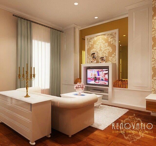 Master bedroom project at Surabaya by Renovatio Interior Design & Stylist