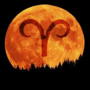 September 29: Full Moon, 10:19 pm, 7° Aries - read about what it means at http://www.eyeofhorus.biz/?p=3977