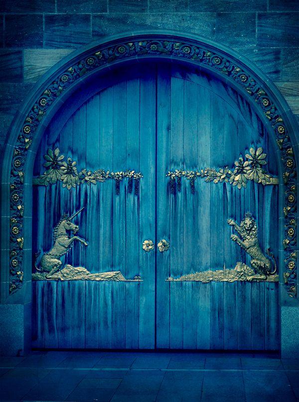 ♪ Puerta en Escocia, RU