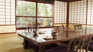 How to make Japanese Decor under $10