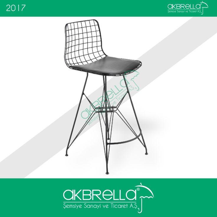 Uygun fiyatlı bar sandalye çeşitlerimizden biri olan ürün, metal çubuklu iskelete sahiptir. Oturma alanı süngerli yapıya sahip olup, yaslanma sırtlığı tellerden oluşturulmuş file deseni barındırır. #barsandalyesi #metalayaklısandalye