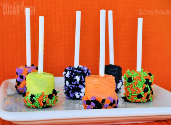 Dipped Marshmallow Pops - gonna make these and use pretzel sticks instead of lollipop sticks.