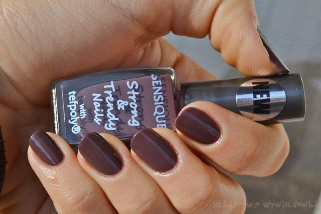 http://mavia-nails.blogspot.com/2013/11/sensique-strong-trendy-nails-174-brown.html