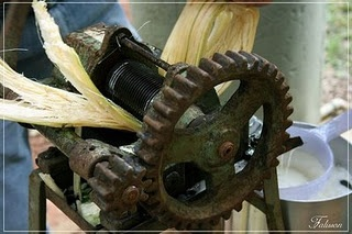 caldo de cana :) fresh squeezed cane juice. I grew up drinking if every weekend by my grandfather's farm. Unforgettable!