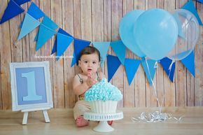 Smash the Cake, baby boy. Session One Years.