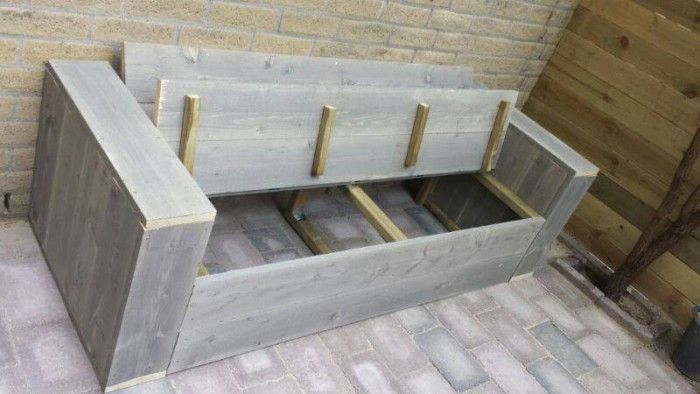 Handige bergruimte in onze lounge bank tuinbank for Loungeset steigerhout zelf maken