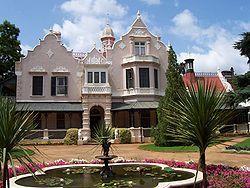 Melrose-huis net oorkant Burgerspark