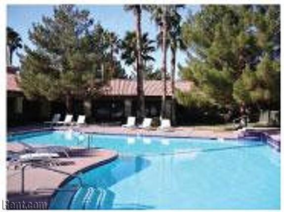 Eagle Trace 5370 East Craig Road Las Vegas Nv 89115 Rent Com Las Vegas Apartments Las Vegas Apartments For Rent