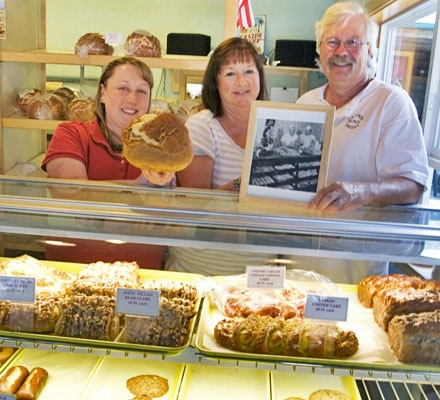 Check out the Cannon Beach Bakery while on the #OregonCoast! http://oregonbeachvacations.com/