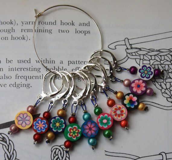 Crochet+stitch+markers+round+flowers+by+CraftyCatKnittyBits,+£5.99