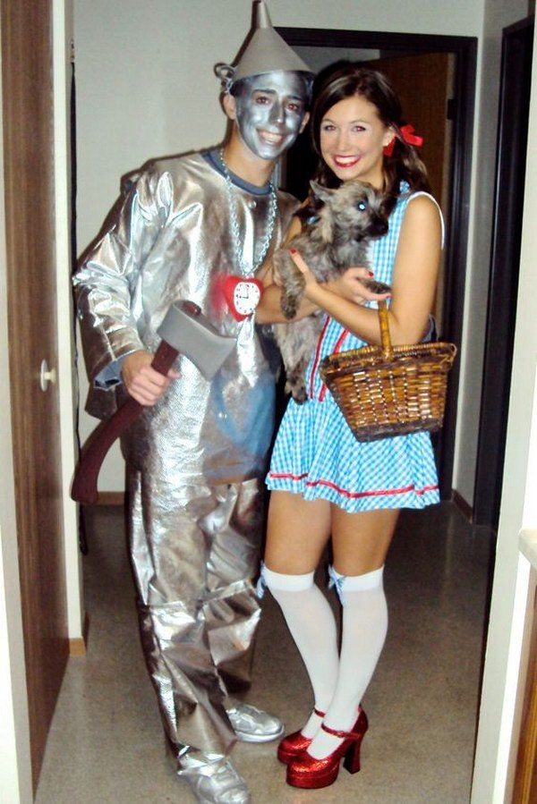 Wizard of Oz Homemade Couples Halloween Costumes.