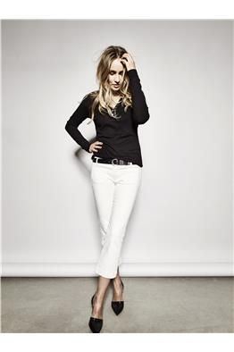 Chogger Leather Belt  Ivana Mondy Pant Star Tee - LookBook