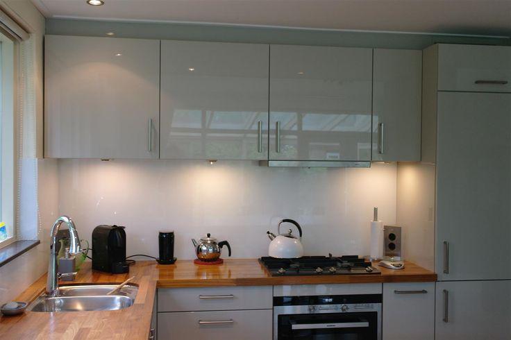 17 best images about moderne keukens on pinterest models cornwall and plan de travail - Moderne keuken deco keuken ...