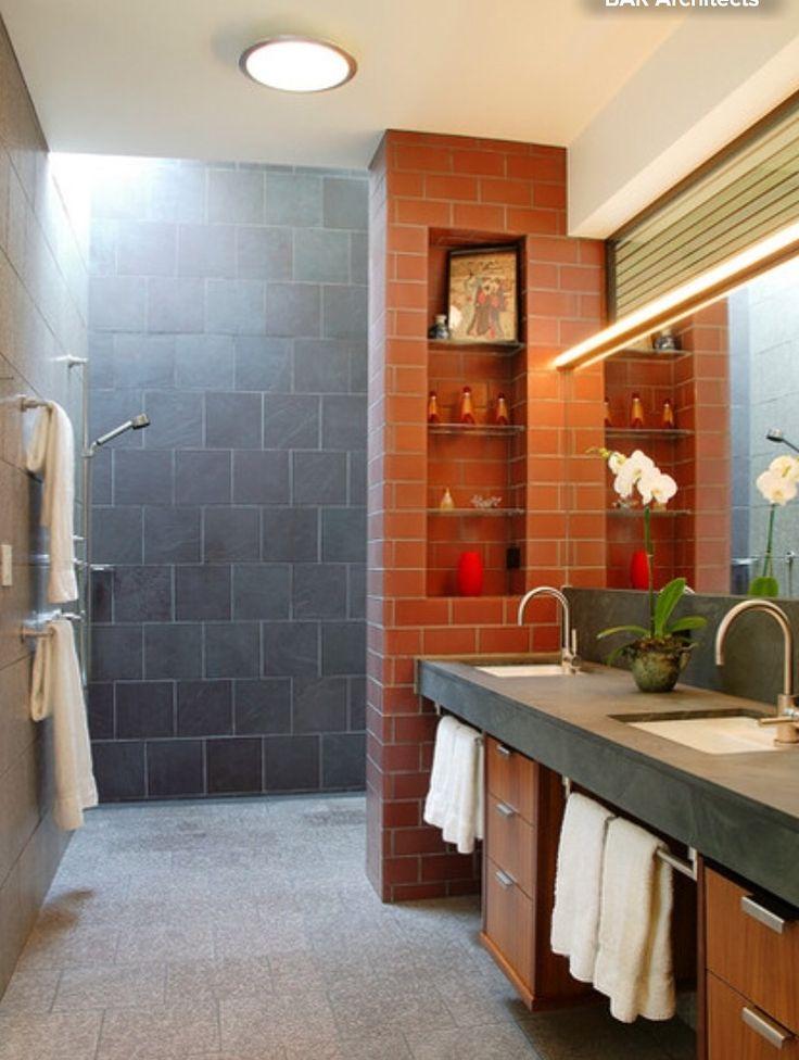 Aardse badkamer