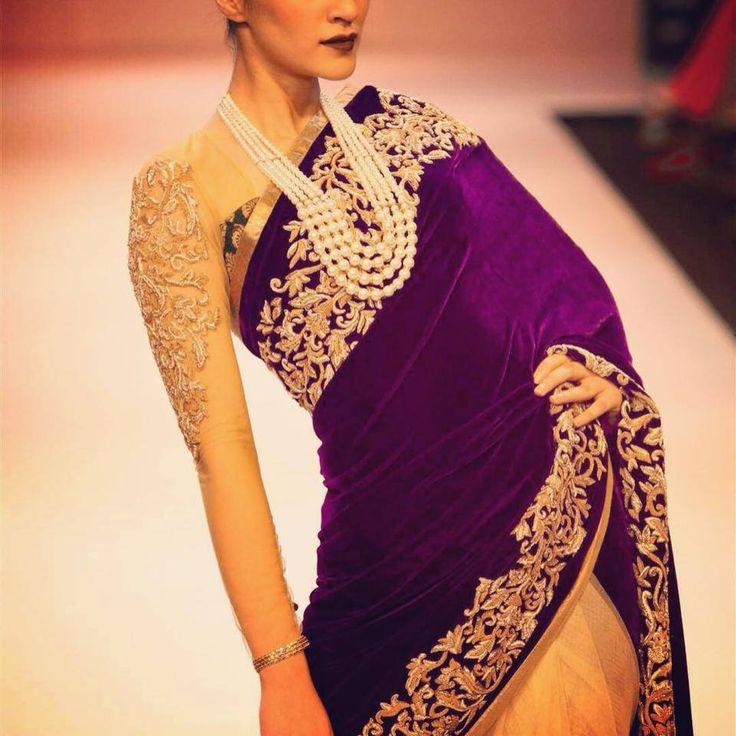 Fashion Love: Full Sleeve Saree Shyamal & Bhumika