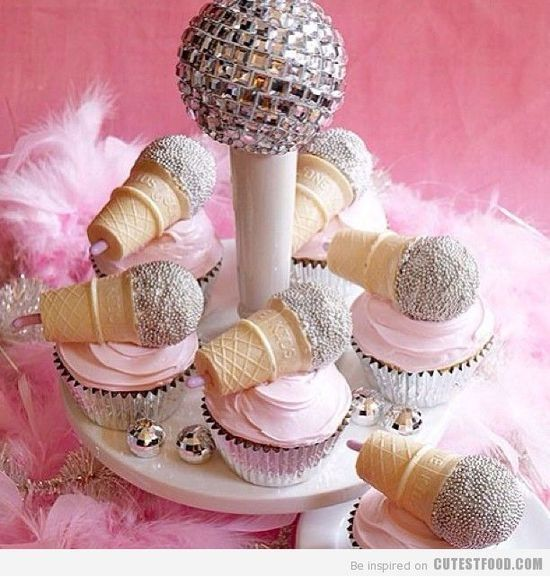Microphone Cupcakes | #cupcakes #Microphone
