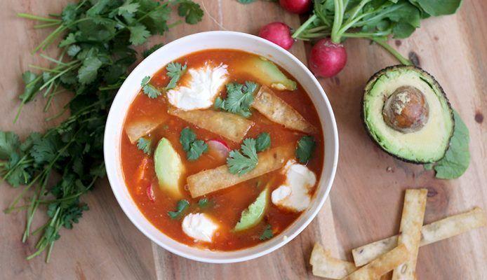 Culy Homemade: Mexicaanse tortilla soep (vega én snel!) - Culy.nl