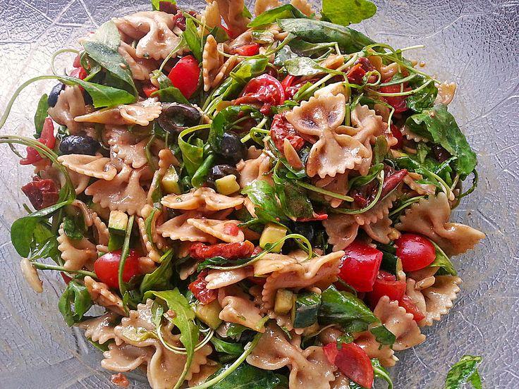 Der beste italienische Nudelsalat, ein sehr schönes Rezept aus der Kategorie Eier & Käse. Bewertungen: 36. Durchschnitt: Ø 4,5.