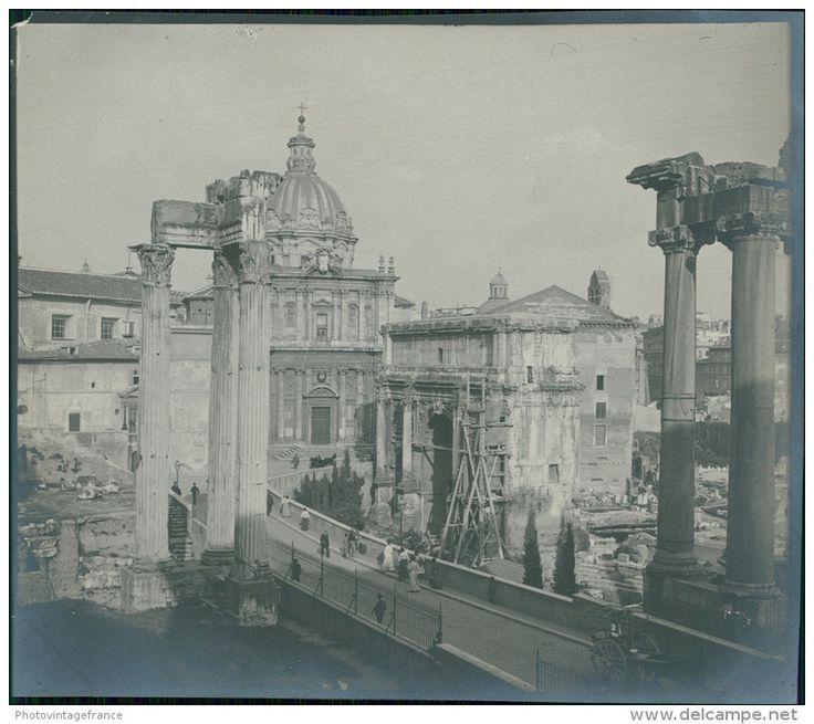 Italia, Roma. Il Foro. Arco di Settimo Severo durante le reparazioni ca. 1905  vintage silver print. Italy.  Tirage arg