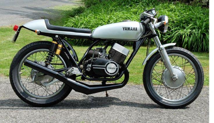 Yamaha R5 cafe