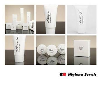 #Linia #White to kosmetyki i galanteria stworzona z myślą o #hotelach . Uniwersalna szata graficzna będzie pasowała do każdego wnętrza. Zarówno w wyszukanych #łazienkach #hotelowych jak i w prostych pomieszczeniach prezentuje się idealnie!  Zobacz produkty ➡ https://www.higienaserwis.pl/artykuly-do-hoteli/kosmetyki-hotelowe
