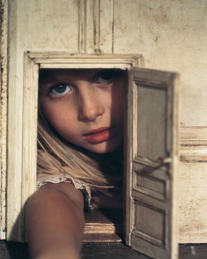 Knock and the door shall be opened...  but sometimes the door isn't a good fit.  (Alice, Jan Švankmajer, 1988)