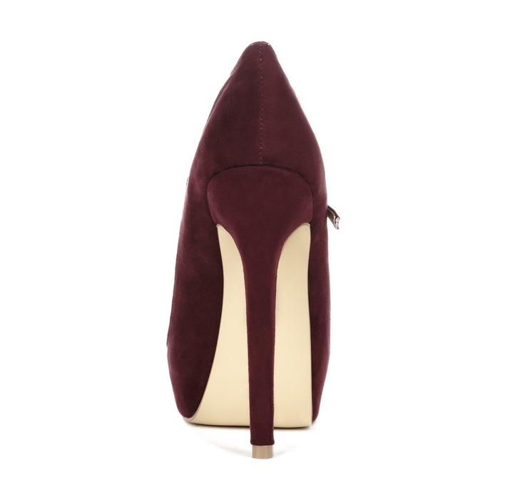burgundy heel// | ACSS...