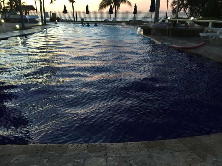Pool and ocean at Santana a building we rent out in Santa Marta
