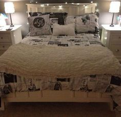 5 seconds of summer room decor - Google Search