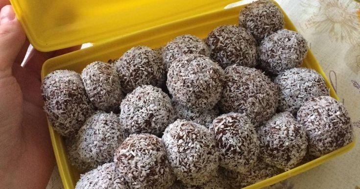 Mennyei Egészséges földimogyorós kókuszgolyók recept! A hétvégén kirándulni mentünk a családdal, és mindenképp szerettem volna készülni valamilyen egészséges finomsággal.
