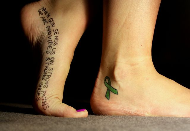 I want to get the ribbon on my foot similar to this.