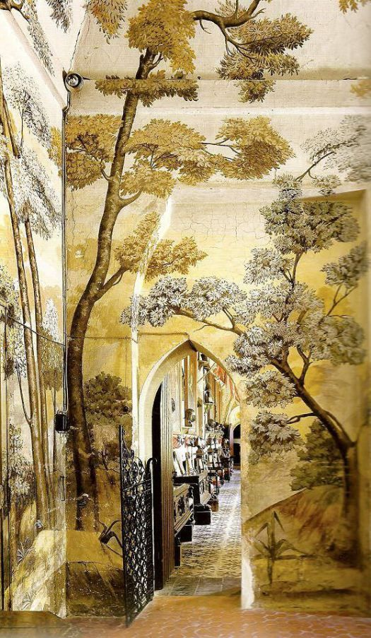 Beautiful tree covered gold walls