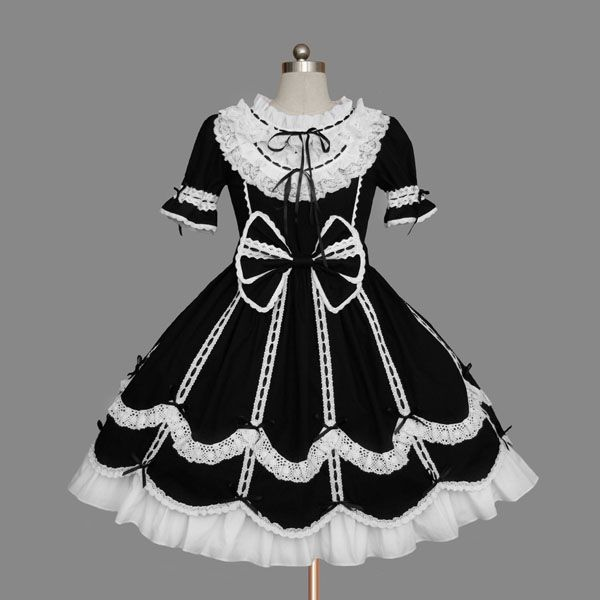 Black and White Round Collar Short-sleeves Bowtie Lace Sweet Lolita Dress