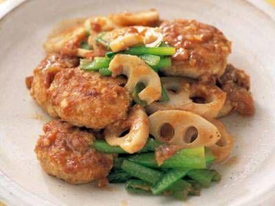 西部 るみ さんの鶏ひき肉を使った「つくねの梅じょうゆ焼き」。梅干しは水につけておき、ちょうどよい味加減に塩抜きするのがおいしさの秘訣。 NHK「きょうの料理」で放送された料理レシピや献立が満載。
