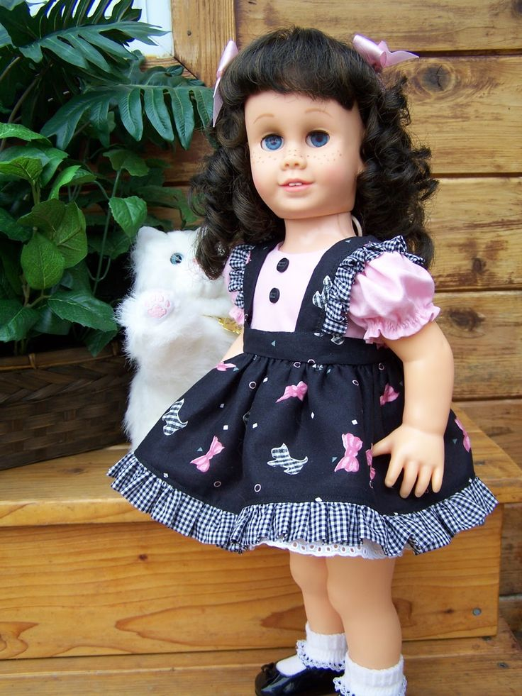 Blond Canadian Pigtail.          This is a reproduction Chatty Cathy from 1998.       HF American Auburn Chatty.           One of...