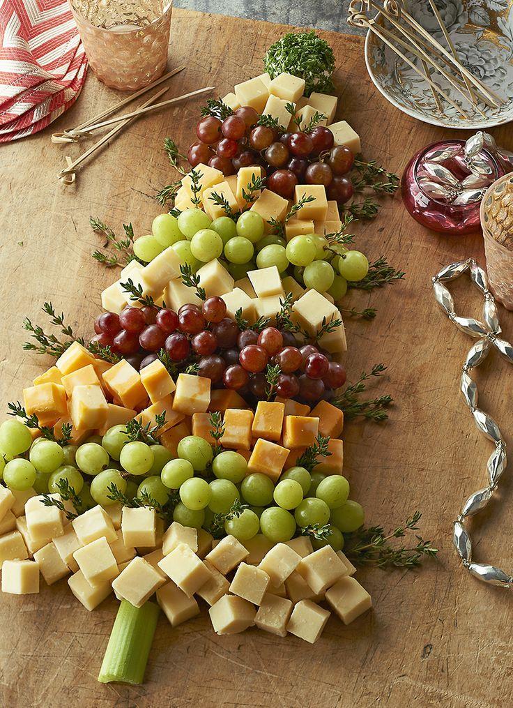 L'arbre de Noel compose des fromages.
