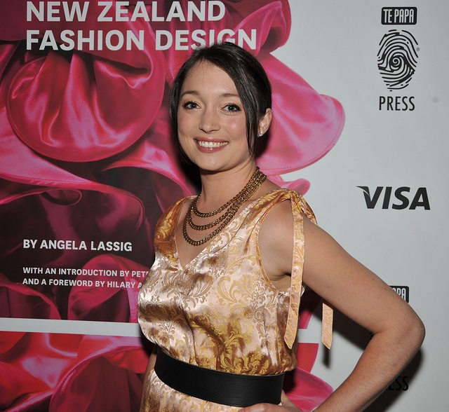 MC for the night, 'Outrageous Fortune' star Antonia Prebble     mg