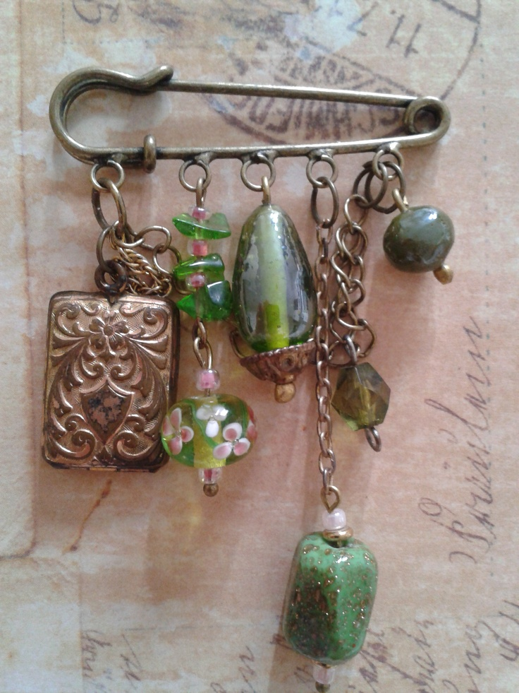 Recycled Jewellery http://www.facebook.com/tjsforyouonly